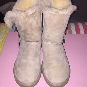 Ugg Bailey Button charm boots